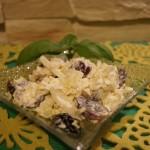 Sałatka winogronowo – czosnkowa