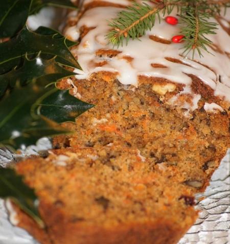 Piernikowe ciasto marchewkowe