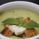 Zupa szparagowa z gorgonzolą